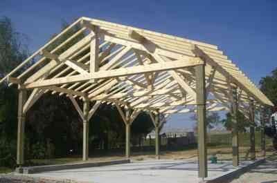 Hipolite sarl charpente bois traditionnelle ou for Meuse construction bois